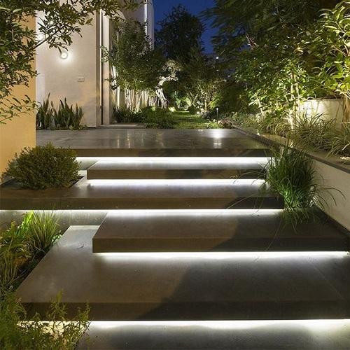 پله بتنی مدرن